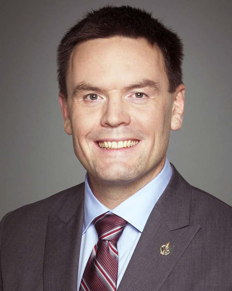 Alistair MacGregor